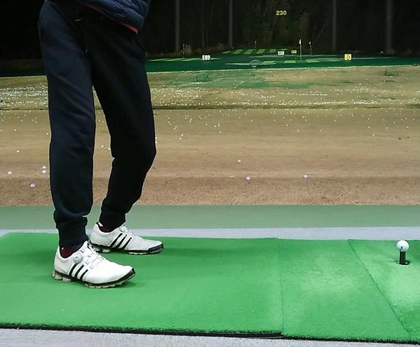 ゴルフでトップを作った時の下半身