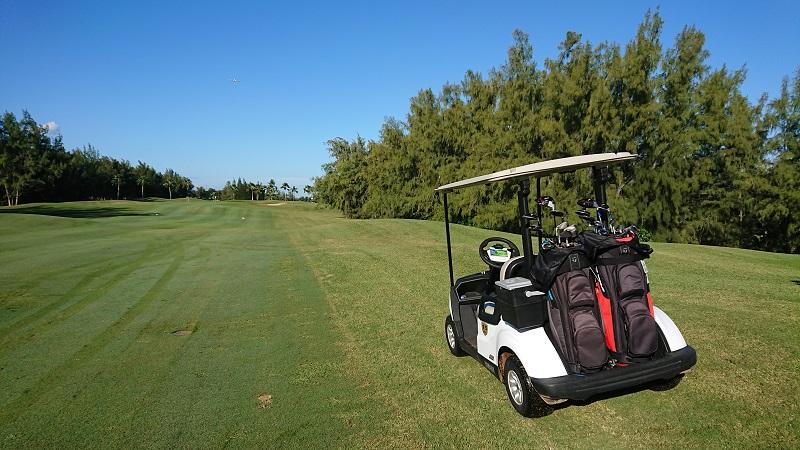 ゴルフ カート フェアウェイ乗り入れ可能 ハワイプリンスゴルフクラブ